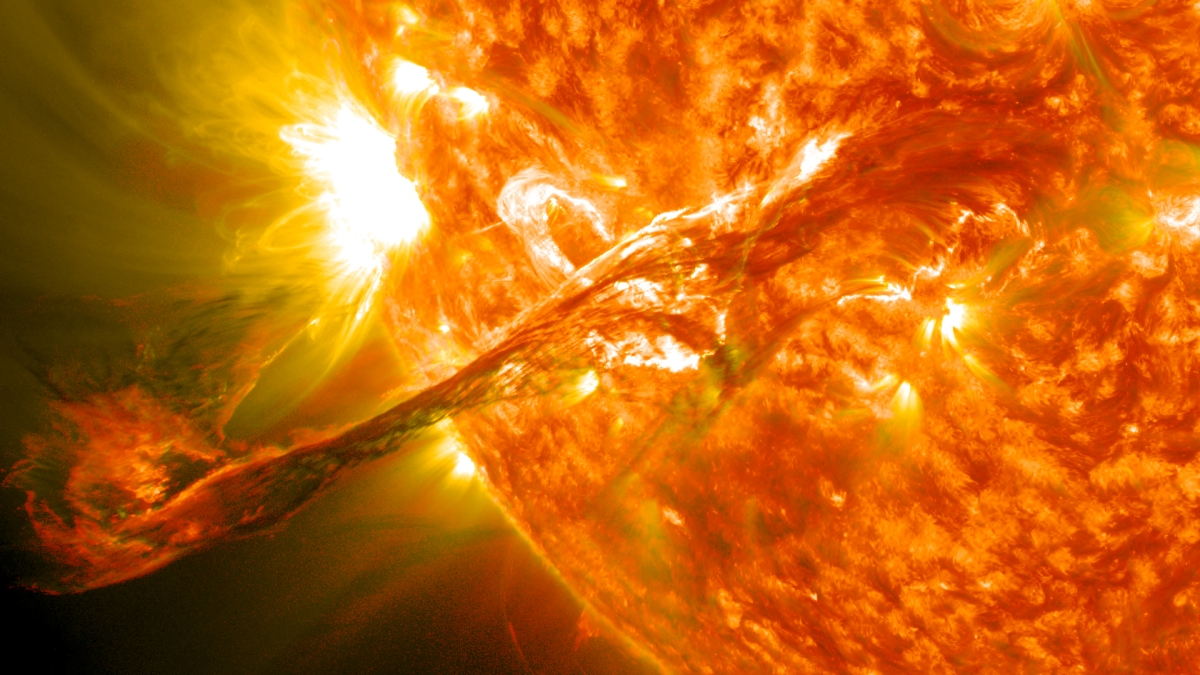 "Obama's Executive Order on ""Space Weather"" and the Escalation With Russia"